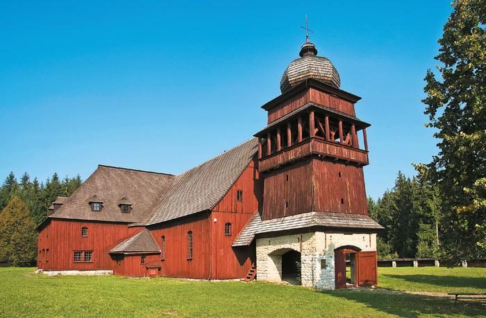 Artikulárny drevený kostol Svätý Kríž