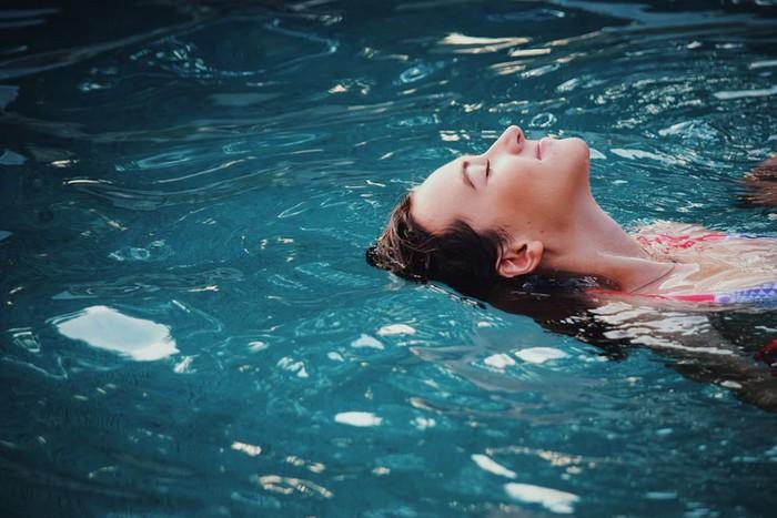 ako nám škodí chlór v bazénoch?
