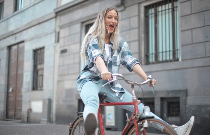 rodinný výlet na bicykli