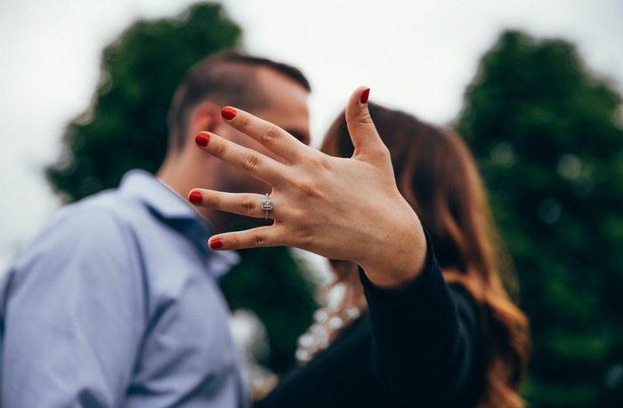 ako požiadať o ruku