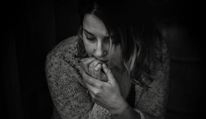 zlozvyky - obhrýzanie nechtov