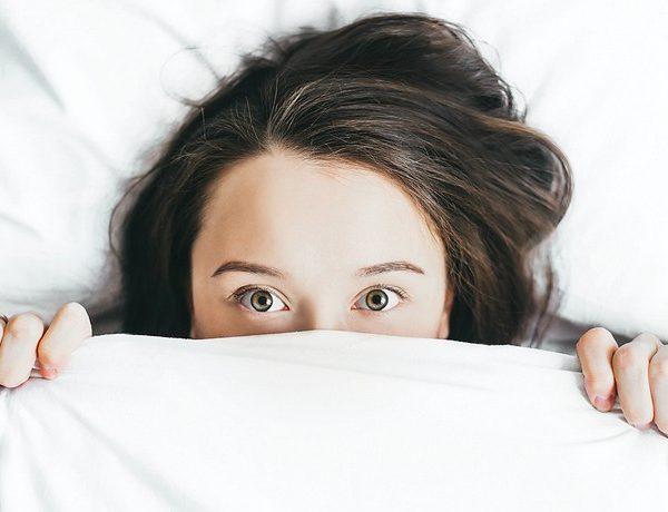 Triky, ako sa pred spánkom lepšie uvoľniť + 10 následkov zlého spánku