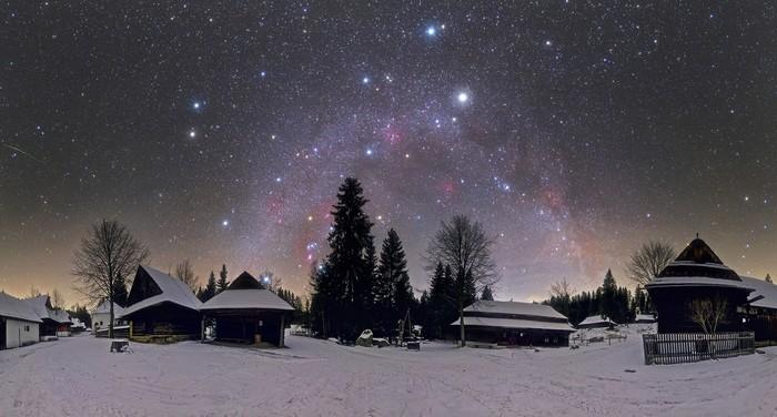 Zimná nočná obloha podľa Tomáša Slovinského