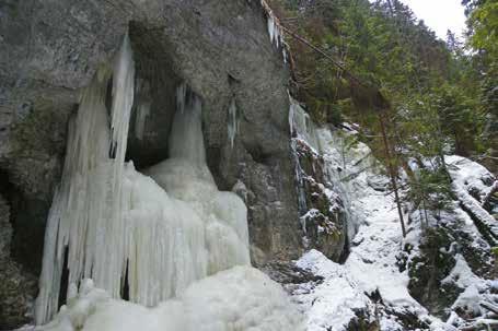 zimná výzdoba prechod cez Slovenský raj