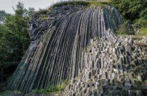 Kamenný vodopád pod hradom Šomoška
