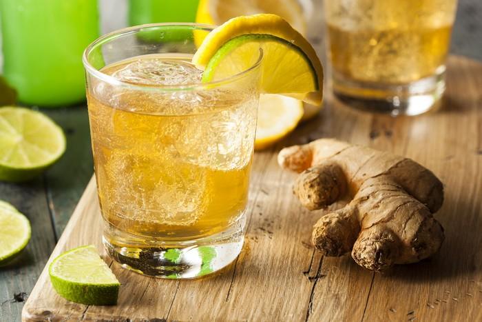 Organic Ginger Ale Soda Kinley nápoj