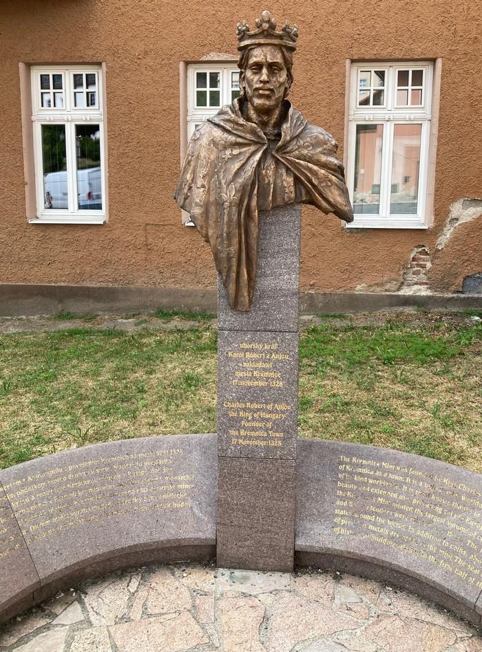 socha kráľa Karola z Anjou v Kremnici