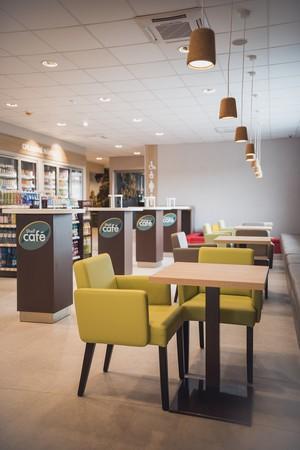 Shell Café posedenie