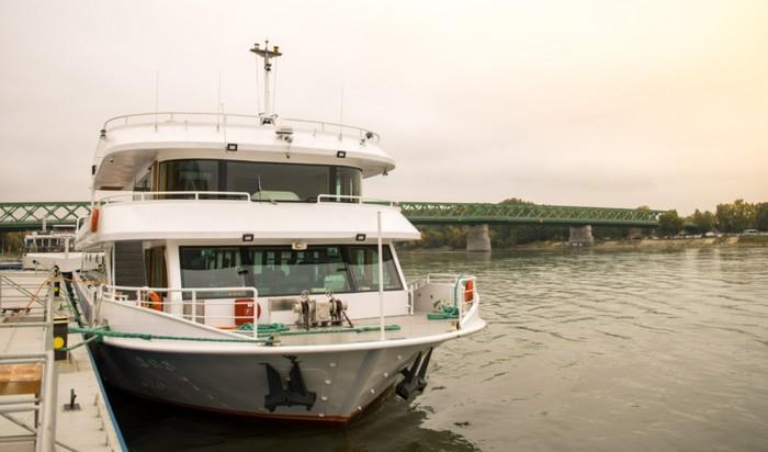 loďou po Slovensku - Bratislava a okolie