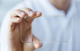 ako ochrániť smartfón sklo alebo fólia